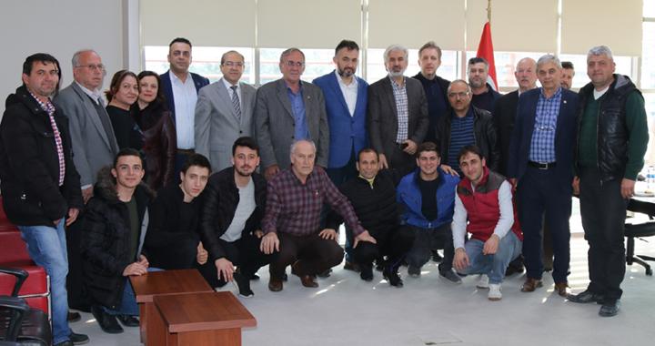 Akhisar Belediye Başkanı Salih Hızlı'ya börekli teşekkür