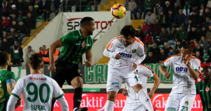 Akhisarspor'dan muhteşem geri dönüş! 3-1