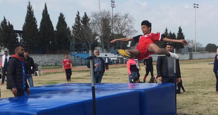 Yavuz Selim Ortaokulu, puanlı atletizm yarışmasında 1 kupa ve 14 madalya kazandı