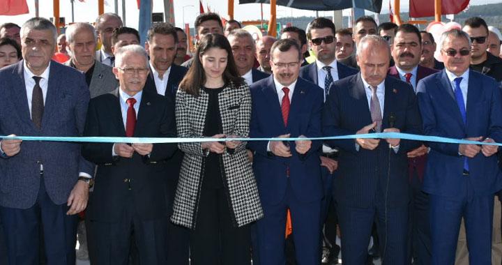 Akhisar ile İzmir arasındaki otoban açıldı