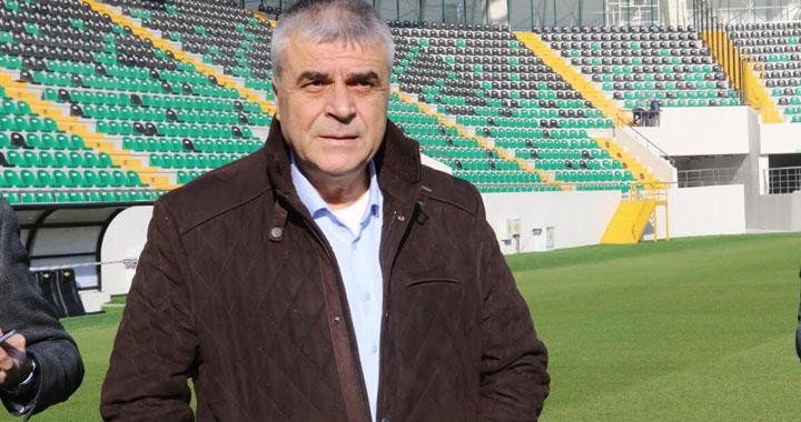 Akhisarspor Kulüp Başkanı Hüseyin Eryüksel, yabancı sayısı düşürülmeli