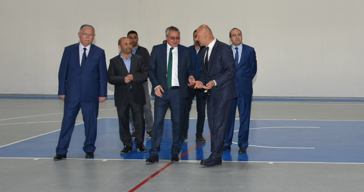 Vali Ahmet Deniz, Akhisar Gençlik Merkezini inceledi