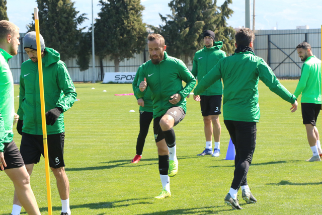 Akhisarspor'da kupa hazırlıkları sürüyor