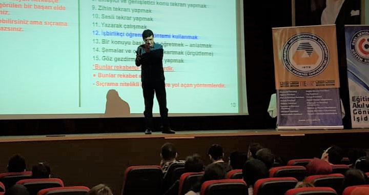 Eksen Eğitim Kurumları ve Bonus Hoca, Kırkağaçlı öğrencilerle buluştu