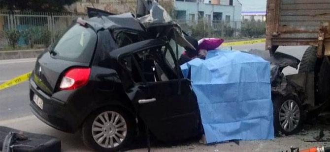 Manisa'ya vatani görevini yapmak için gelirken kaza yaptılar: 2 ölü