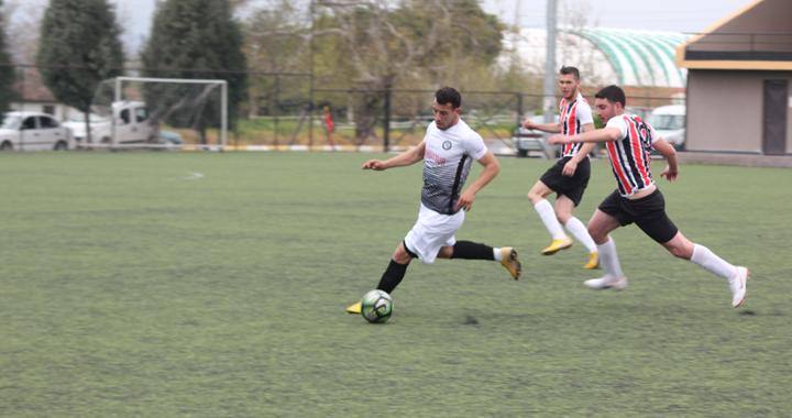 Karabulutspor ile Akhisar Sanayispor yenişemedi