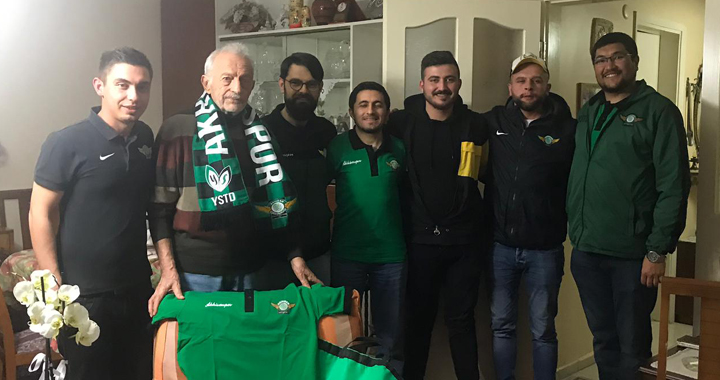 Yeşil Siyah Taraftarlar Derneği'nden Akhisarspor kurucusuna ziyaret