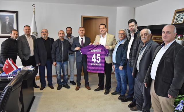 Akhisargücü Spor Kulübü'nden Başkan Dutlulu'ya tebrik ziyareti