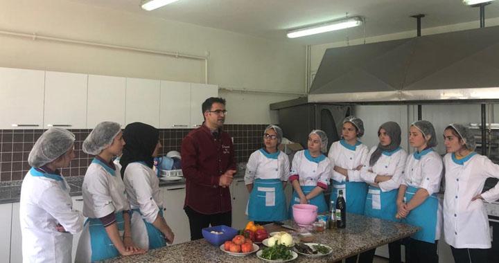 Sofra Grubu, Zeynep Gülin Öngör MTAL'de workshop düzenledi