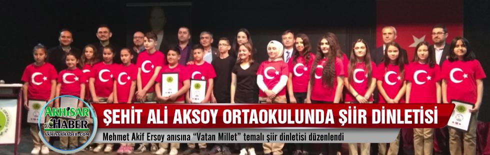 Şehit Ali Aksoy Ortaokulunda şiir dinletisi