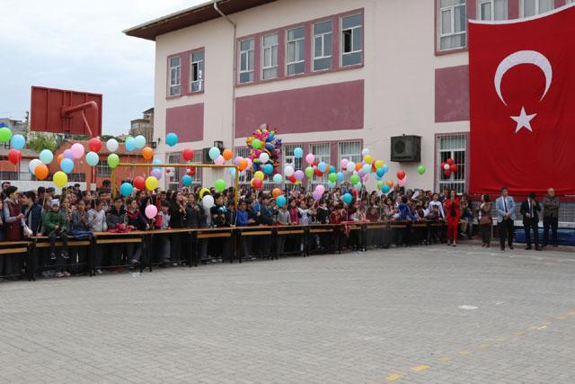 Akhisar'da 23 Nisan coşkuyla kutlandı!