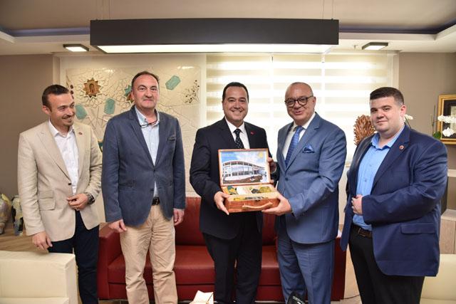 Akhisar Belediye Başkanı Dutlulu'dan Büyükşehir'e ziyaret
