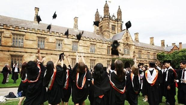 Dünyanın en iyi üniversitelerinde eğitim