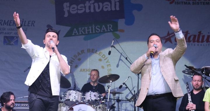 560.Çağlak Festivali finalinde Gökhan Tepe'den utulmaz bir gece