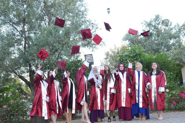 Zeynep Gülin Öngör MTAL öğrencilerinin mezuniyet coşkusu