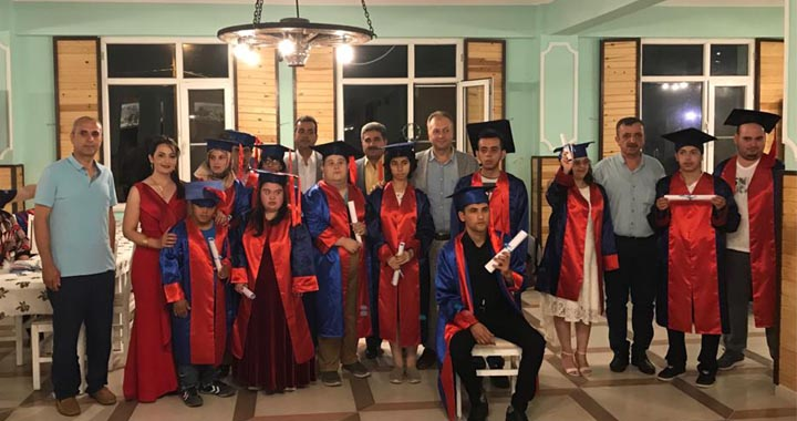 Kapaklı Zeliha Keskinoğlu Özel Eğitim Uygulama Okulu ilk mezunlarını verdi