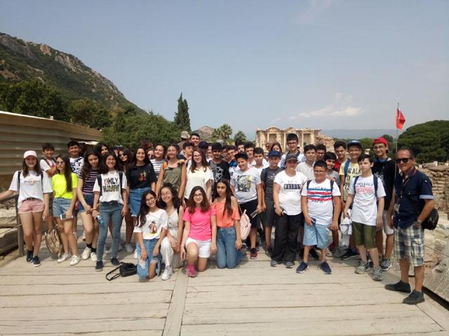Öğrenciler, Gezginevi ile kültür turunda