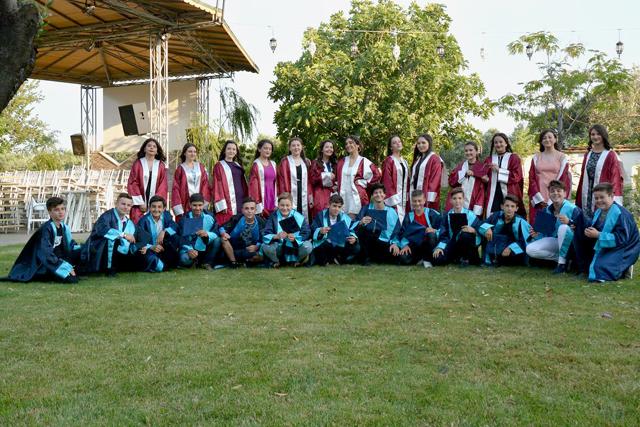 Şehit Mehmet Dönmez Ortaokulu mezuniyet coşkusu