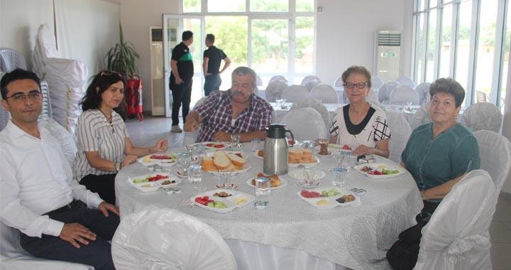 Akhisar Kent Konseyi kahvaltıda buluştu