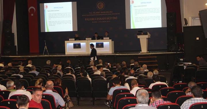 Akhisar'da Pazarcı Esnafı eğitim semineri düzenlendi
