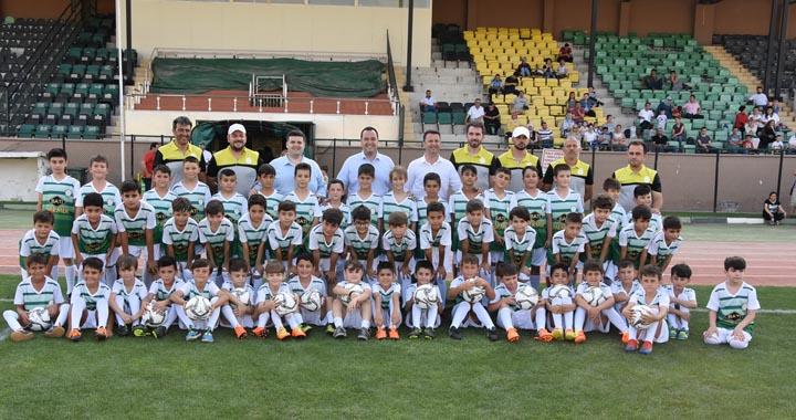 Akhisar Belediyesi yaz spor okulları başladı