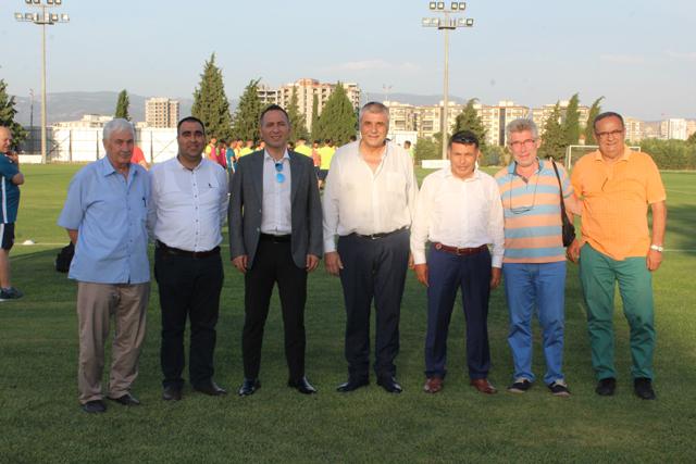 Akbulut, Akhisarspor yönetimini ziyaret etti