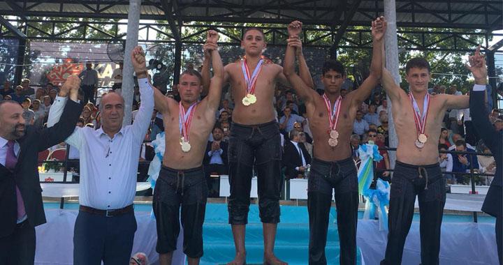 60. Kurtdereli Mehmet Pehlivan Güreş müsabakalarında ikinci oldu