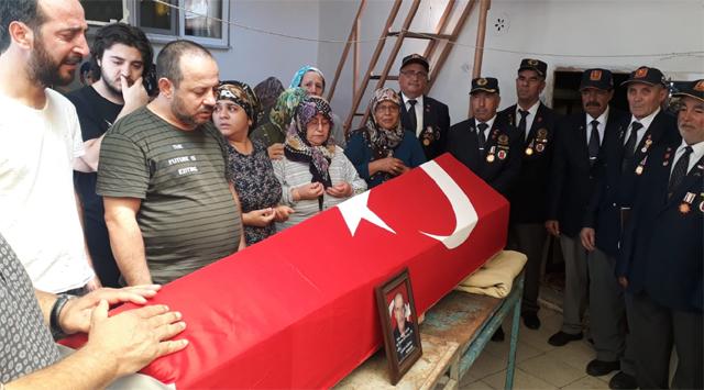 Akhisarlı Kıbrıs Gazisi son yolculuğuna uğurlandı