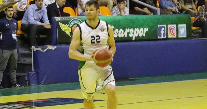 Akhisar Belediye Basket, Cizauskas ile sözleşme yeniledi