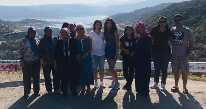 Gezginevi misafirleri Muğla'nın soğuk sularında serin bir nefes aldı