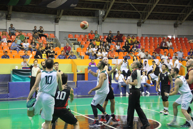 Thyateira Akhisar basketbol turnuvasının ilk galibiyeti Akhisar Basket'in