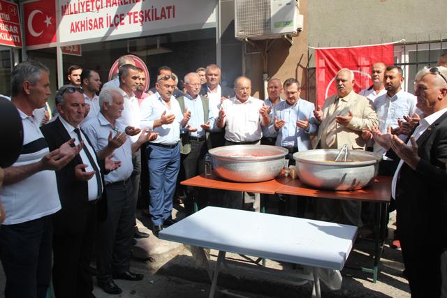 MHP ilçe teşkilatından geleneksel aşure etkinliği