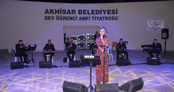 AKSAGED'in düzenlediği Hazan Konseri müzikseverlere keyifli anlar yaşattı