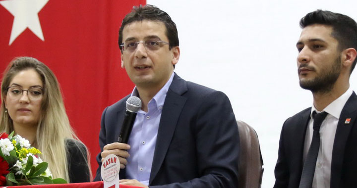 Milletvekili Yunus Emre'den Akhisar'da Cumhuriyet Konferansı