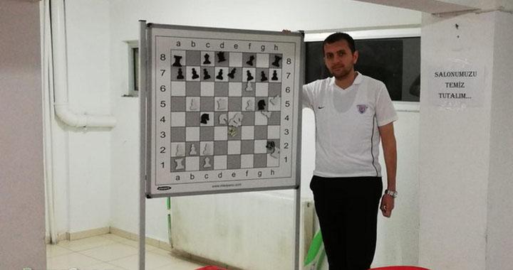 Akhisargücü, GM Barış Esen ile yola devam ediyor