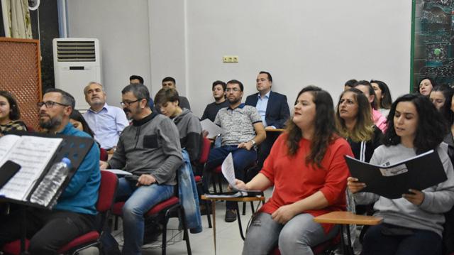 Akhisar Belediyesi Türk Halk Müziği Korosu 9 Ocak'a hazırlanıyor