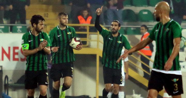 Akhisarspor, Burhan Eşer ile güldü 2-1