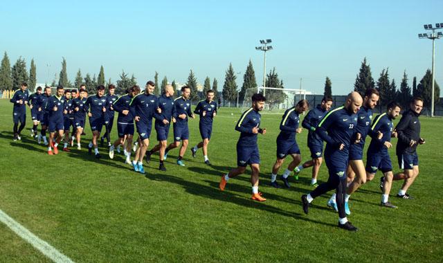 Akhisarspor'da Balıkesirspor hazırlıkları başladı