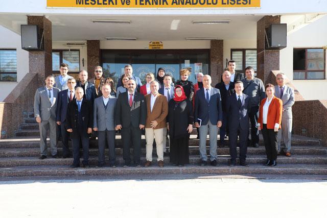 Manisa okulları, Zeynep Gülin Öngör MTAL'i ziyaret etti