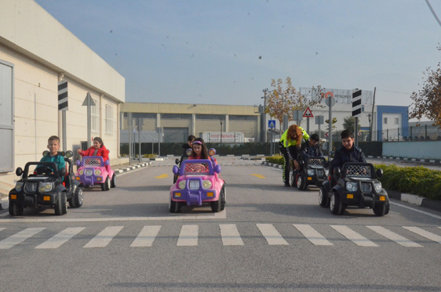 Özel çocuklara trafik eğitimi