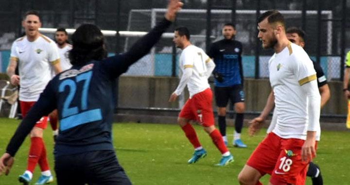 Akhisarspor, Ankara Demirspor'u 4-1 yendi