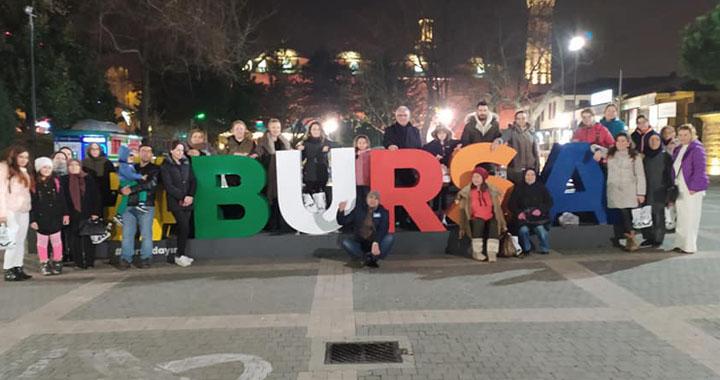Gezginevi Akhisar sömestir turlarına Uludağ'da kar keyfi ile başladı