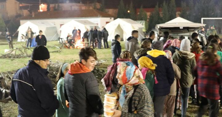 Süleymanlı Mahallesi'ne 20 çadır kuruldu
