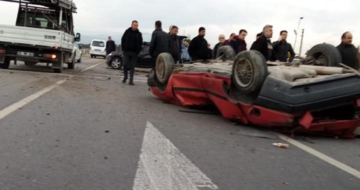 Akhisar'da feci trafik kazası: 5 yaralı
