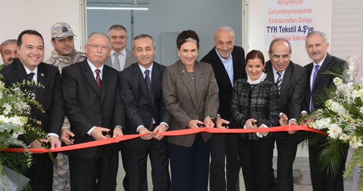 El Sanatları Teknolojisi Sanayi Nakış Atölyesi törenle hizmete açıldı