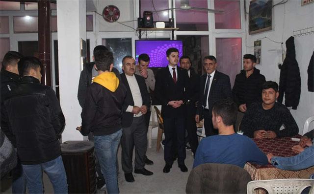 Yeniden Refah Partisi, Akhisar'da depremzedeleri ziyaret etti