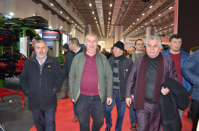 Akhisar Ziraat Odası 350 üreticisi ile birlikte İzmir tarım fuarında