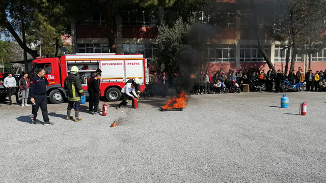 Kayhan Ergun MTAL'den deprem ve yangın tatbikatı