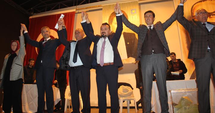 İYİ Parti'de Kındıroğlu güven tazeledi