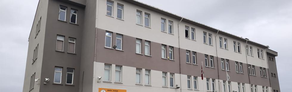 Depremin ardından iki okul binası daha boşaltılıyor